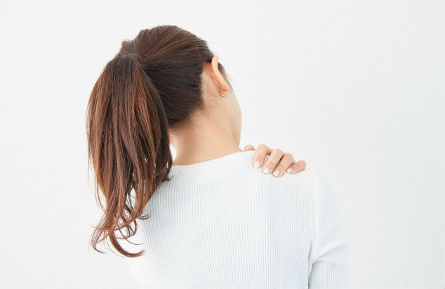 磁気って肩こりに本当にきくの? 科学的な根拠は?