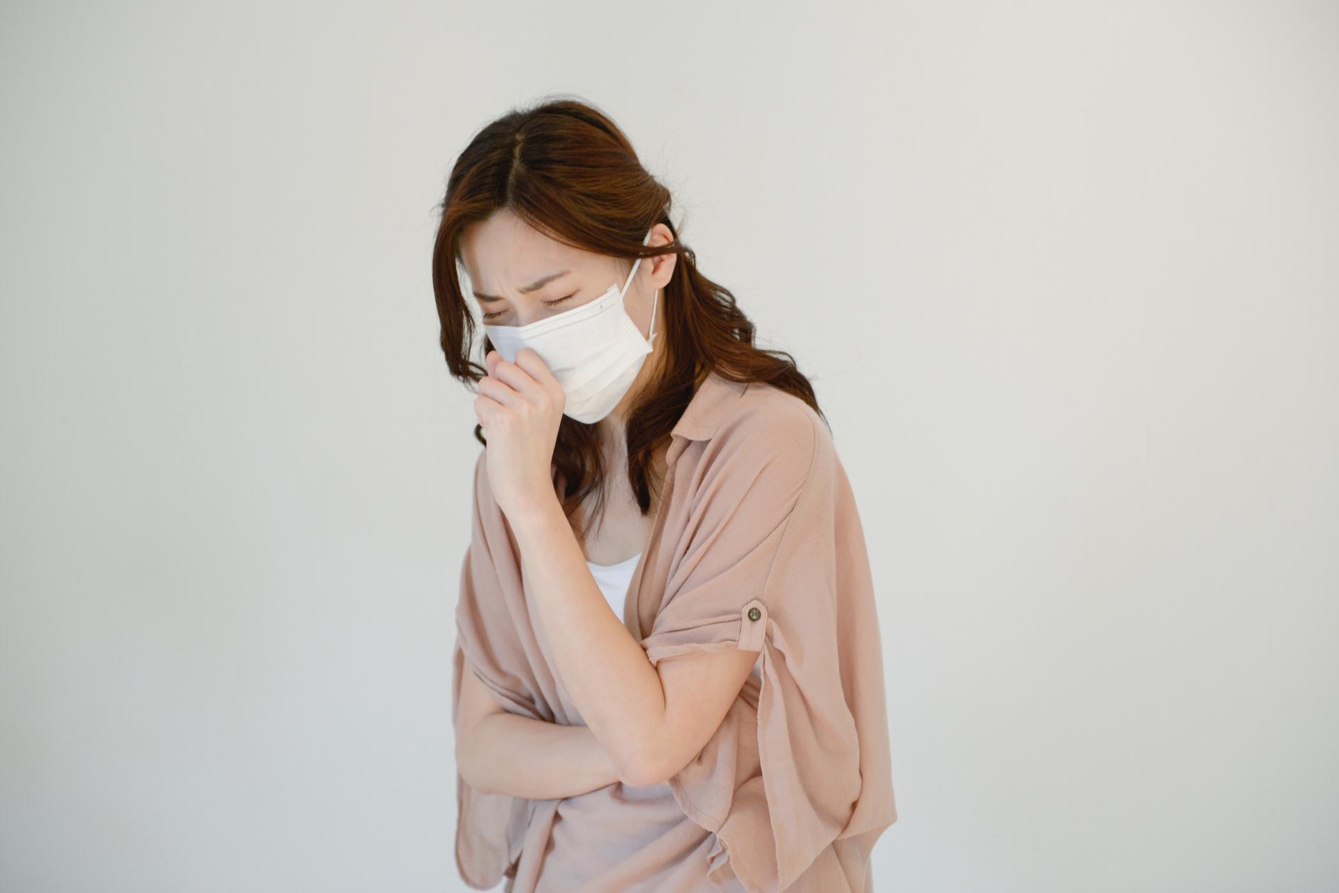 花粉症対策8選! ストレッチで呼吸器の血流を改善しよう