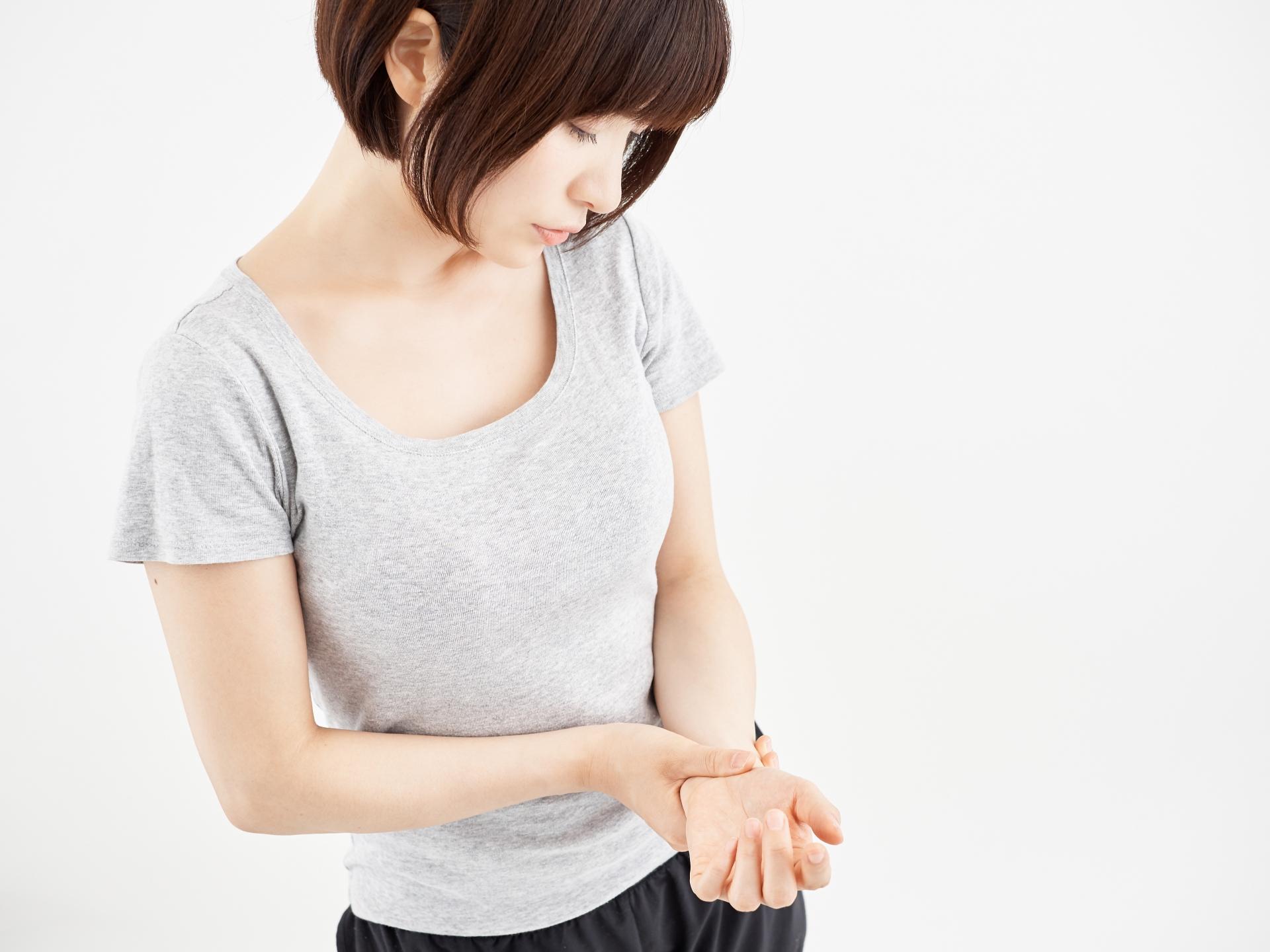 産後に腱鞘炎が起きてしまう原因と予防法