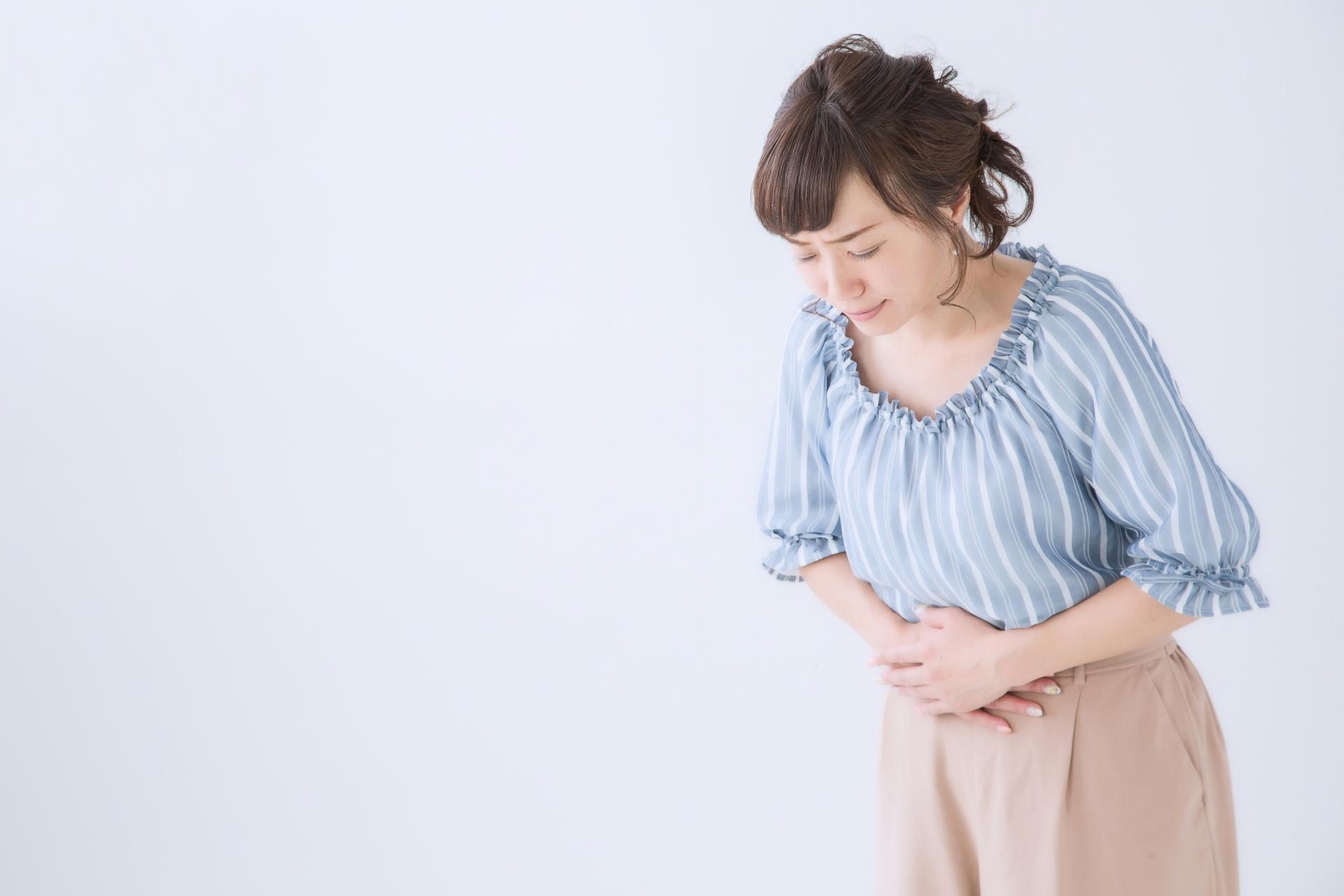 産後に便秘になってしまう原因と対処法について解説