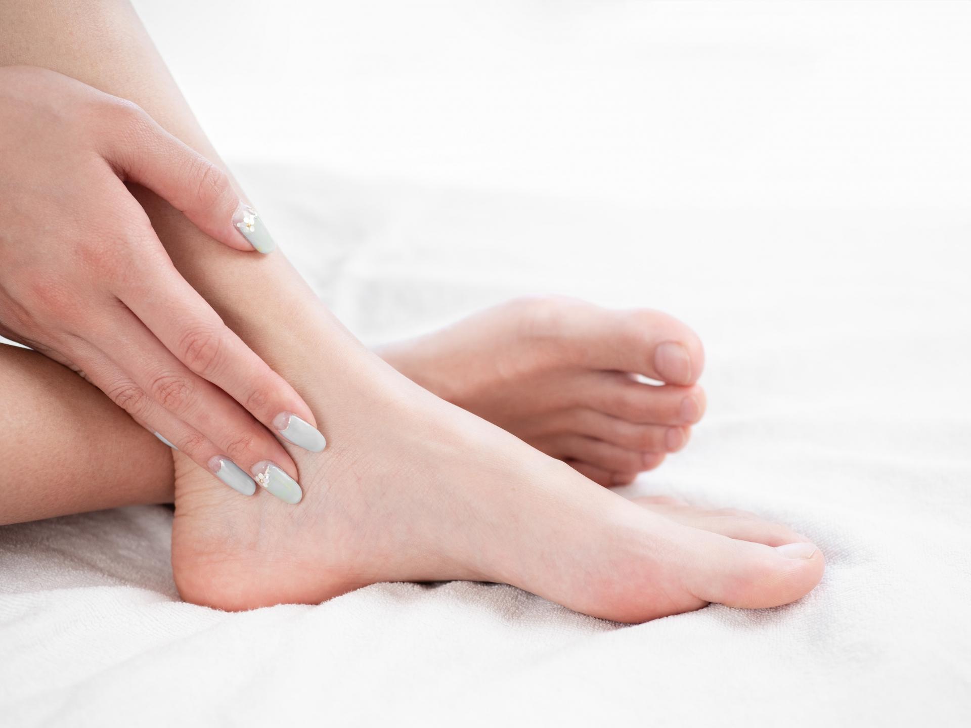 疲れやすさの原因? 扁平足のデメリットと改善方法