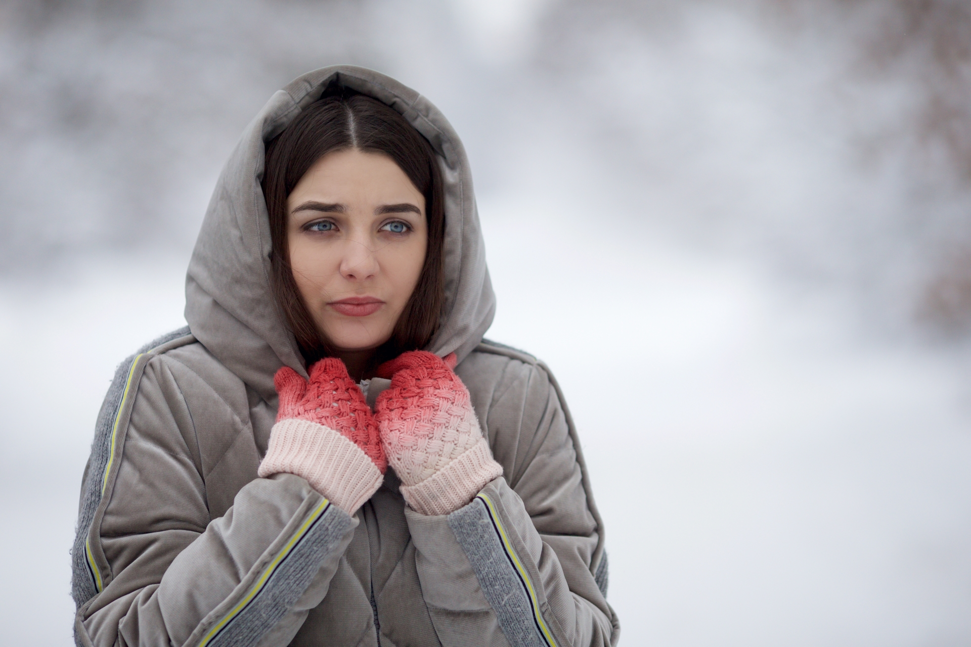 寒い季節は肩こりになりやすい理由と対策